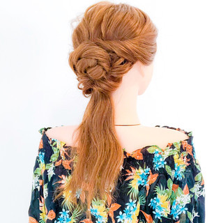ヘアアレンジ アウトドア オフィス エレガント ヘアスタイルや髪型の写真・画像
