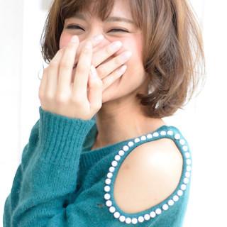 大人かわいい フェミニン パーマ ミディアム ヘアスタイルや髪型の写真・画像