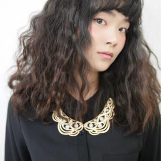 黒髪 モード 前髪あり ロング ヘアスタイルや髪型の写真・画像
