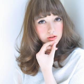 オン眉 セミロング 大人かわいい ストリート ヘアスタイルや髪型の写真・画像 ヘアスタイルや髪型の写真・画像