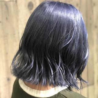 春色 ネイビーアッシュ モード 切りっぱなしボブ ヘアスタイルや髪型の写真・画像