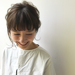 アウトドア 簡単ヘアアレンジ ナチュラル ミディアム ヘアスタイルや髪型の写真・画像