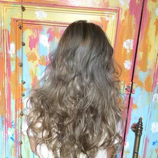 外国人風 グラデーションカラー 大人かわいい 渋谷系 ヘアスタイルや髪型の写真・画像