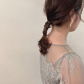 結婚式 セミロング ナチュラル アンニュイほつれヘア ヘアスタイルや髪型の写真・画像