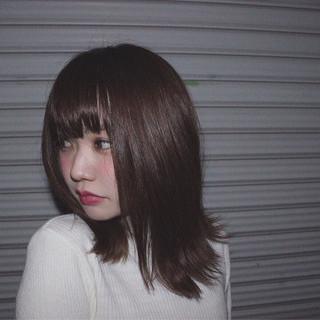 アッシュ 黒髪 ミディアム ストレート ヘアスタイルや髪型の写真・画像