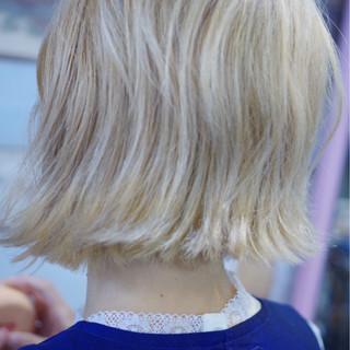 ホワイトアッシュ ホワイト ナチュラル 外国人風カラー ヘアスタイルや髪型の写真・画像