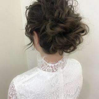 アンニュイ 結婚式 ヘアアレンジ ゆるふわ ヘアスタイルや髪型の写真・画像