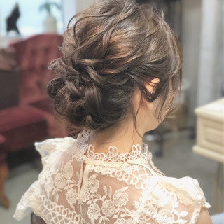ミディアム 成人式 シニヨン 大人かわいい ヘアスタイルや髪型の写真・画像 ヘアスタイルや髪型の写真・画像