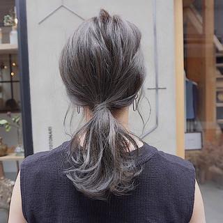 ナチュラル くすみカラー 切りっぱなしボブ グレージュ ヘアスタイルや髪型の写真・画像