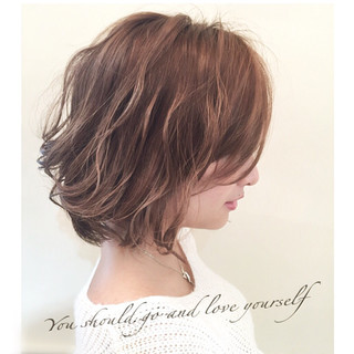 色気 外国人風 アッシュ ストリート ヘアスタイルや髪型の写真・画像