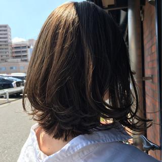 外ハネ ナチュラル ミディアム 外国人風カラー ヘアスタイルや髪型の写真・画像