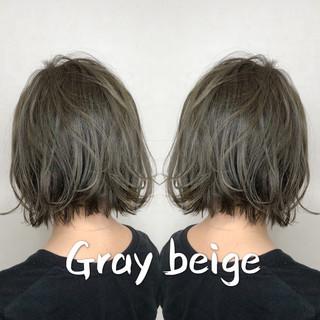 アッシュグレージュ ボブ モード グレージュ ヘアスタイルや髪型の写真・画像