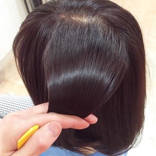 トリートメント ラベンダーピンク ロング ツヤ髪 ヘアスタイルや髪型の写真・画像