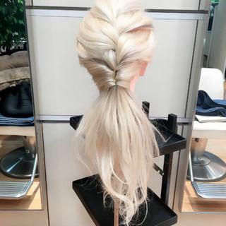 簡単ヘアアレンジ 編み込み ローポニーテール ショート ヘアスタイルや髪型の写真・画像