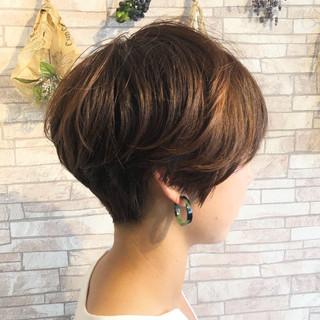 ハンサムショート ナチュラル 大人女子 ベリーショート ヘアスタイルや髪型の写真・画像