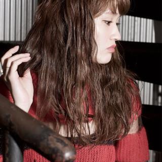 ウェーブ ガーリー ラフ ロング ヘアスタイルや髪型の写真・画像