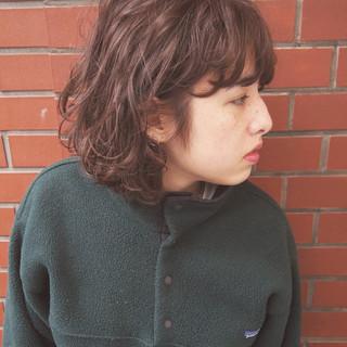 ミディアム 色気 大人かわいい ニュアンス ヘアスタイルや髪型の写真・画像