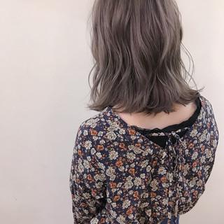 ナチュラル デート ミディアム 大人かわいい ヘアスタイルや髪型の写真・画像