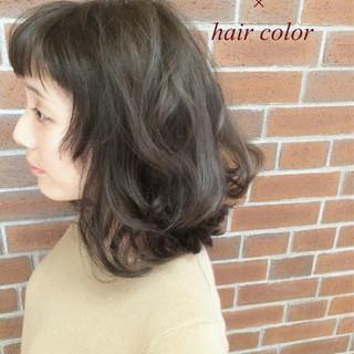 外国人風 ナチュラル 大人かわいい くせ毛風 ヘアスタイルや髪型の写真・画像