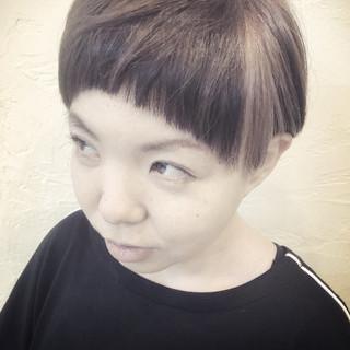 モード ショート 前髪パッツン 坊主 ヘアスタイルや髪型の写真・画像