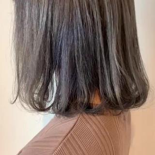 グレージュ 大人可愛い ブリーチ ボブ ヘアスタイルや髪型の写真・画像