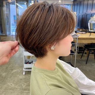 ナチュラル ショートヘア ショート 小顔ショート ヘアスタイルや髪型の写真・画像