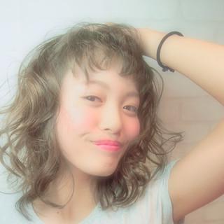 ゆるふわ パーマ アッシュ 外国人風 ヘアスタイルや髪型の写真・画像