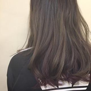 モード インナーカラー アッシュ セミロング ヘアスタイルや髪型の写真・画像