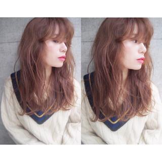 前髪あり セミロング ガーリー 冬 ヘアスタイルや髪型の写真・画像