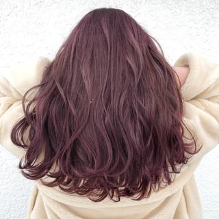 パープル ピンク セミロング フェミニン ヘアスタイルや髪型の写真・画像