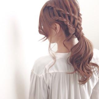 ウォーターフォール 編み込み セミロング 愛され ヘアスタイルや髪型の写真・画像