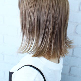 ボブ ストリート ヘアカラー ブリーチ ヘアスタイルや髪型の写真・画像