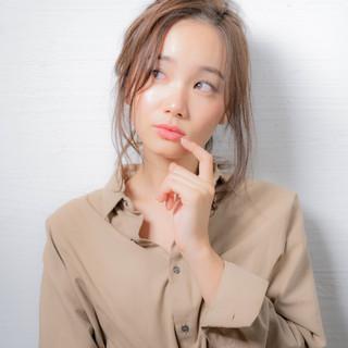 簡単ヘアアレンジ エレガント ヘアアレンジ オフィス ヘアスタイルや髪型の写真・画像