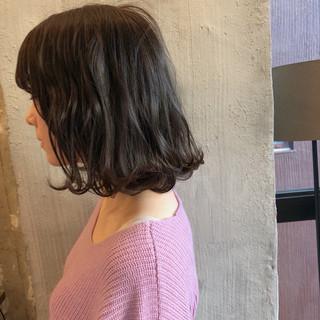 外国人風カラー アンニュイ ゆるふわ ミディアム ヘアスタイルや髪型の写真・画像