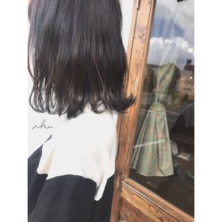 ストリート ウェットヘア アッシュ 外ハネ ヘアスタイルや髪型の写真・画像
