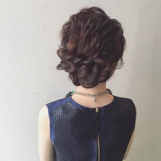 ミディアム ヘアアレンジ 大人かわいい ショート ヘアスタイルや髪型の写真・画像 ヘアスタイルや髪型の写真・画像