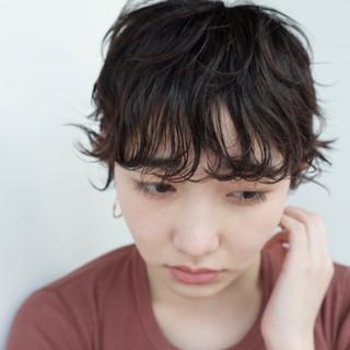 くせ毛風 ショート パーマ ナチュラル ヘアスタイルや髪型の写真・画像 ヘアスタイルや髪型の写真・画像