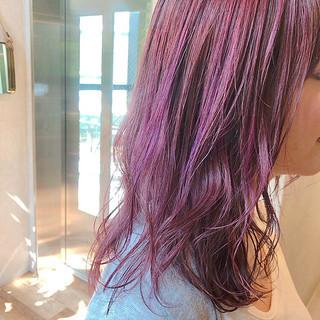 ダブルカラー セミロング ヘアアレンジ ベリーピンク ヘアスタイルや髪型の写真・画像
