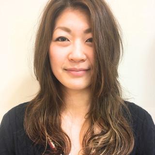 小顔 ロング フェミニン 大人女子 ヘアスタイルや髪型の写真・画像