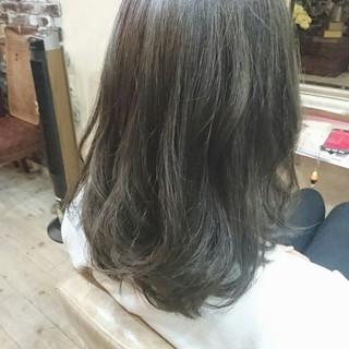 ハイライト 大人かわいい ミディアム ストリート ヘアスタイルや髪型の写真・画像