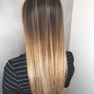 女子力 グレージュ ロング ストリート ヘアスタイルや髪型の写真・画像