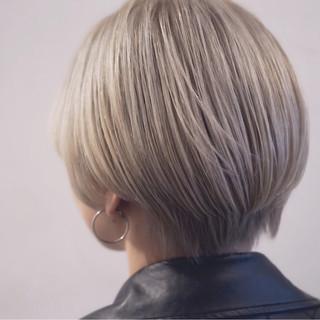ショートボブ アッシュ ストリート グラデーションカラー ヘアスタイルや髪型の写真・画像