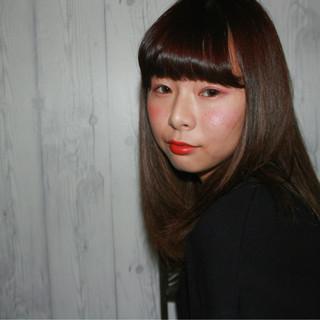 ストリート ロブ 暗髪 ストレート ヘアスタイルや髪型の写真・画像