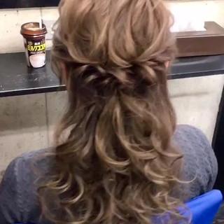 ヘアカラー フェミニン ロング 卒業式 ヘアスタイルや髪型の写真・画像