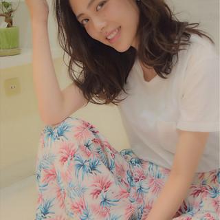 ウェーブ ゆるふわ フェミニン 外国人風 ヘアスタイルや髪型の写真・画像