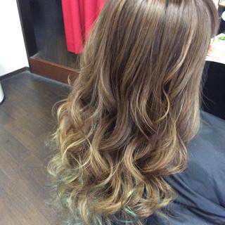 ロング ストリート ヘアカラー インナーカラー ヘアスタイルや髪型の写真・画像