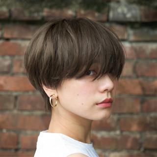 マッシュ ショートヘア アンニュイほつれヘア ショートボブ ヘアスタイルや髪型の写真・画像