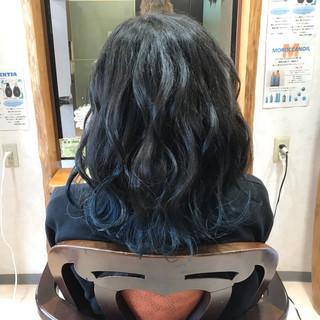 フェミニン ミディアム 外国人風カラー 透明感 ヘアスタイルや髪型の写真・画像