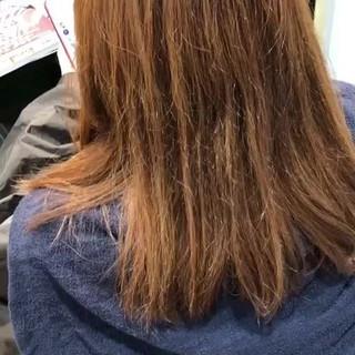 ミディアム グレージュ イルミナカラー ナチュラル ヘアスタイルや髪型の写真・画像 ヘアスタイルや髪型の写真・画像