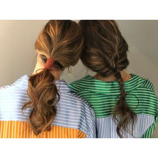 バレイヤージュ 簡単ヘアアレンジ ハイライト ヘアアレンジ ヘアスタイルや髪型の写真・画像